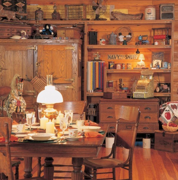 The Wintergreen III Dining Area & Study